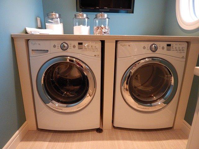 vestavěná pračka a sušička